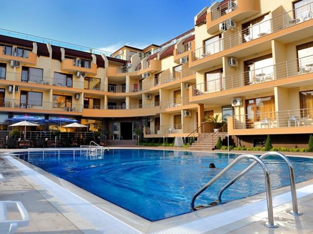 HOTEL IRIS ***