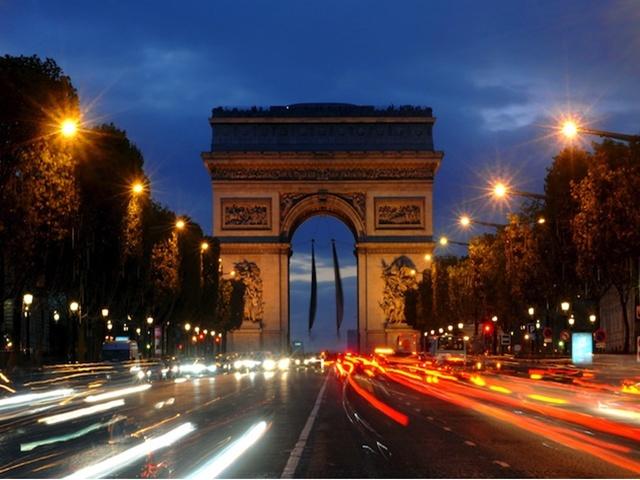 Sylwester Paryż i Amsterdam z noclegiem (Hotel Premiere Classe) BB