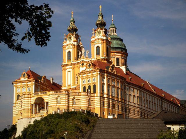 Wycieczka do Wiednia z noclegiem w Czechach HB